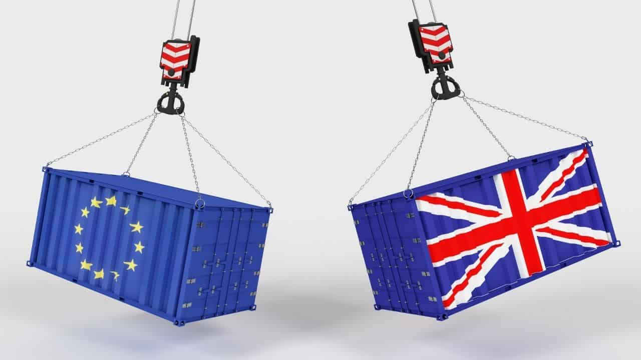 how to calculate vat on imports to the UK from the eu